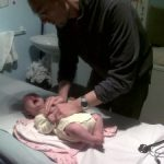 Chest Physical Therapy for Infants with a Kinésitérapheute