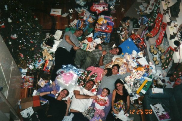 Family Christmas in Florida back in 2000. Yes, that's me in the lower right corner.